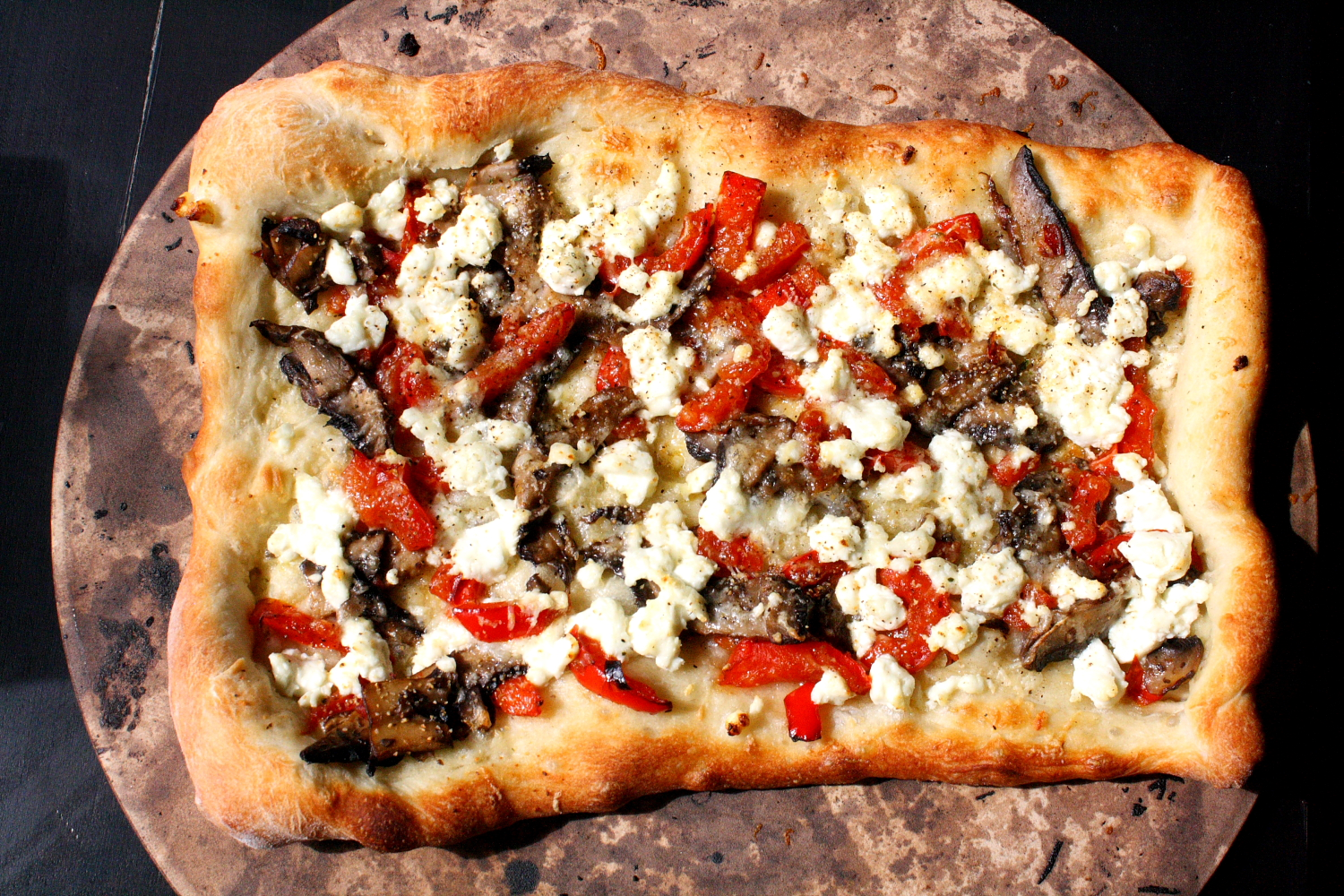 Red pepper portobello mushroom and goat cheese pizza recipe |