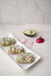radish avocado crostini 7